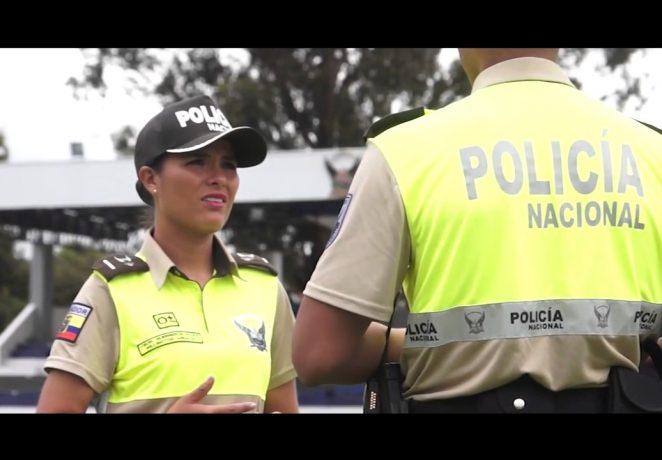 policia ecuador kr500 marcada